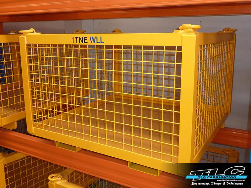 1tne Equipment Cage